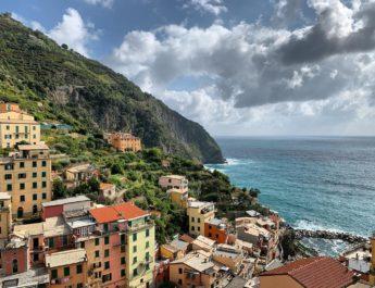 Grapes & Heroes: cosa c'è dietro le belle casette colorate delle Cinque Terre